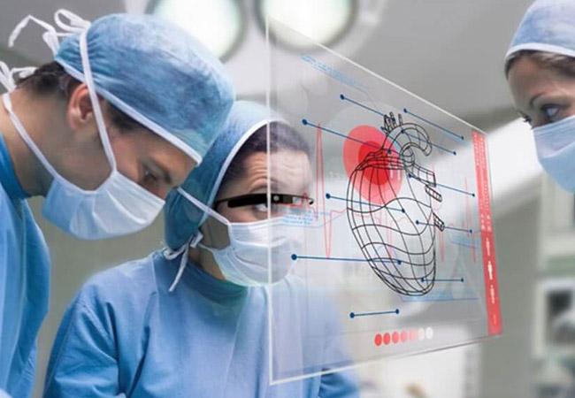 کاربرد واقعیت افزوده در پزشکی