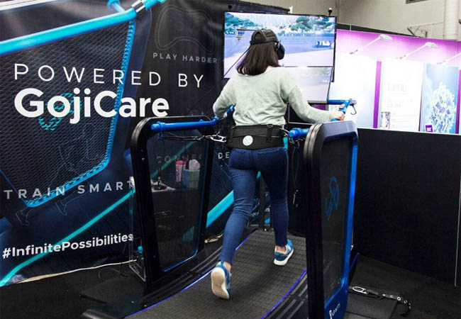 fitness-treadmill-with-virtual-reality-flavor