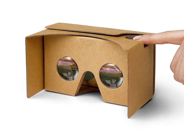 تصویری از یک cardboard