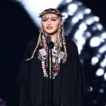 madonna-holds-an-augmented-reality-concert